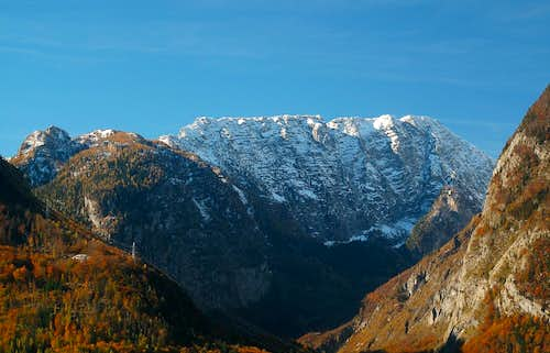 Bluntautal valley and Schneibstein in late October