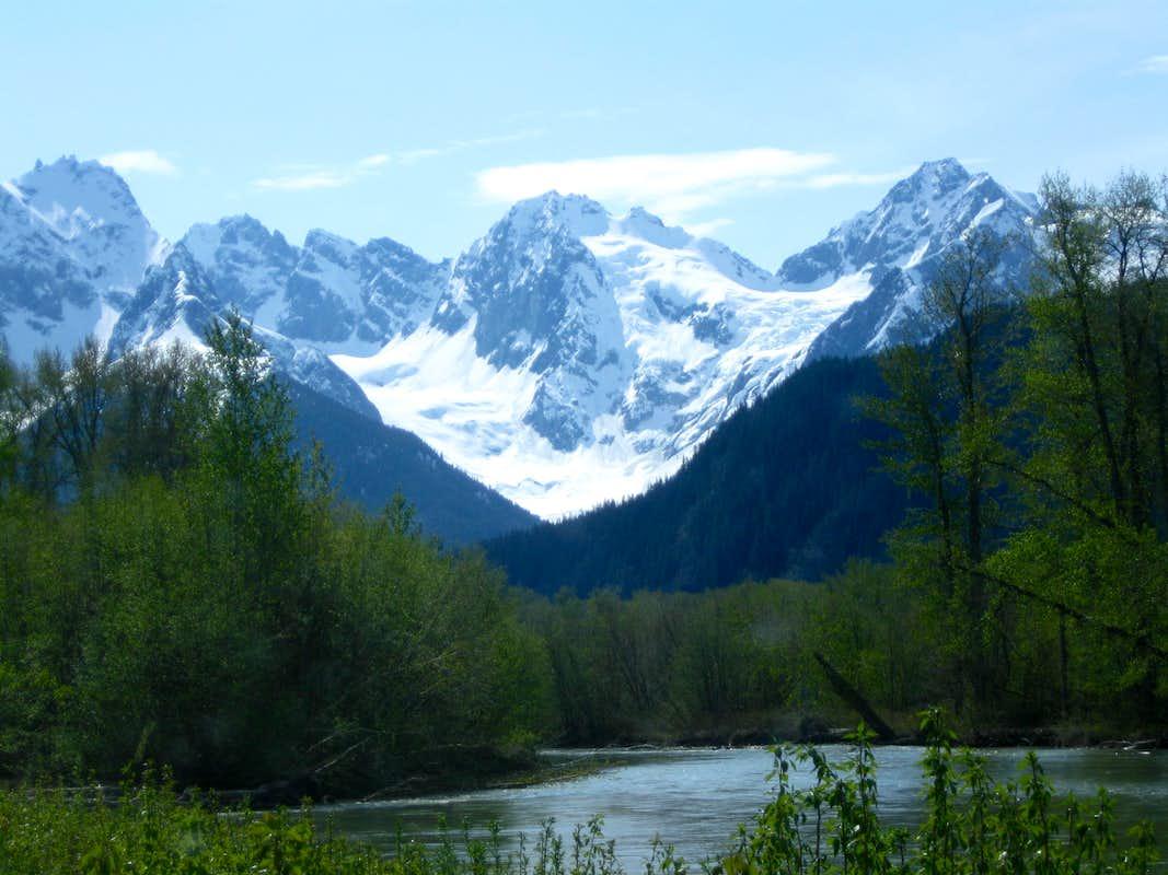 Chilkamut Giftsforsubs Bald Eagle Photos Diagrams Topos Summitpost Chilkat Mountains Ph