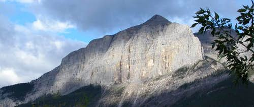 Mount Rundle (east end) The...
