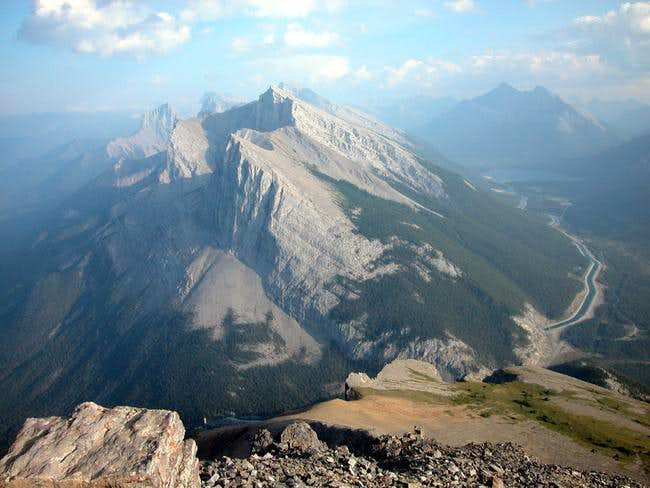 Mount Rundle (east end)