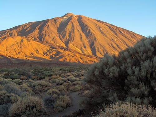 Pico del Teide at sunrise