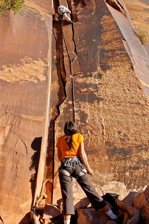 Twin Cracks 5.9