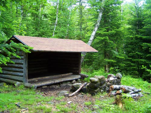 Walter Biesemeyer Lean-To at Lost Pond