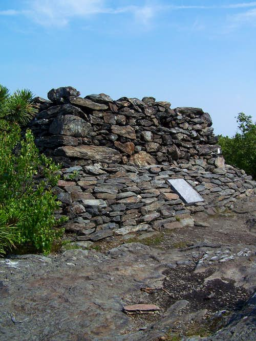 Bear Mtn Monument Cairn