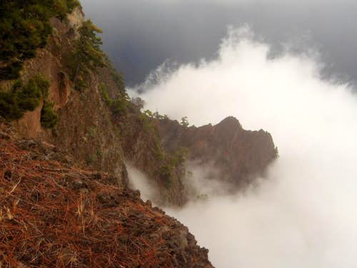 Clouds rising from Caldera de Taburiente