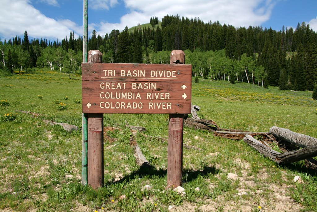 Tri-Basin Divide