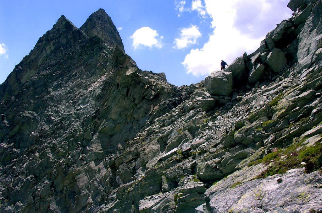 MOUNT BERLON (3132m) and PASS (3009m)