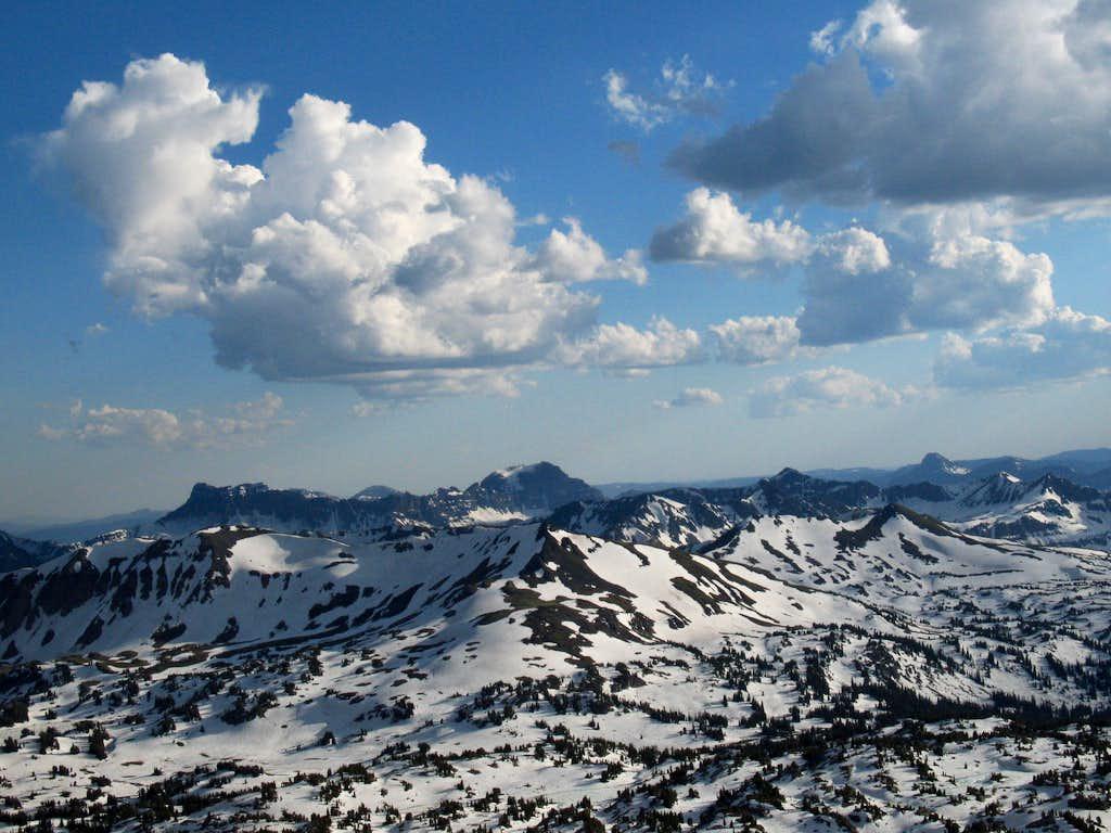 Amphitheater Mountain (l) and Abiathar Peak (c)