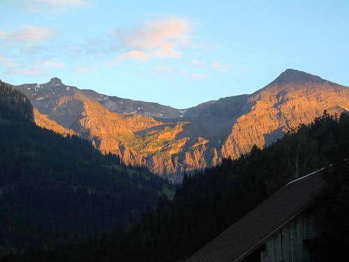 Rohrbachstein, Rawilpass and Mittaghorn (2686m) in sunset glow