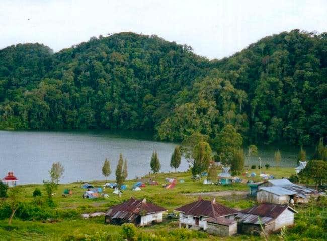 Lake Lau Kawar