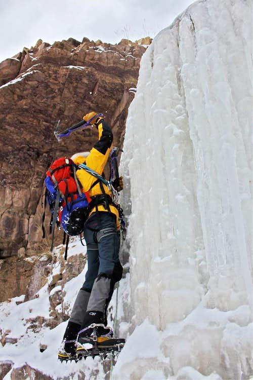 Ice axe swing