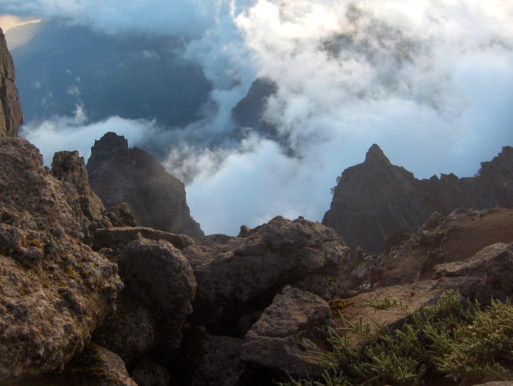 Looking down from Pico de la Cruz
