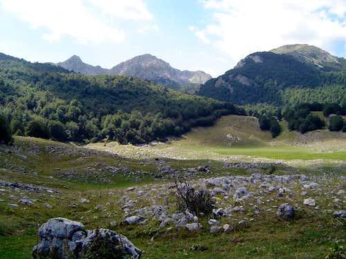 Monte Petroso seen from Lago...