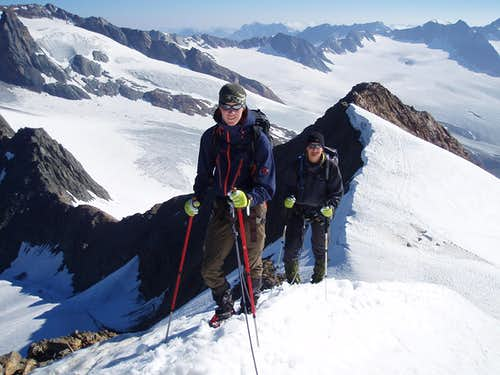 On the NE ridge of the Fluchtkogel with Floris