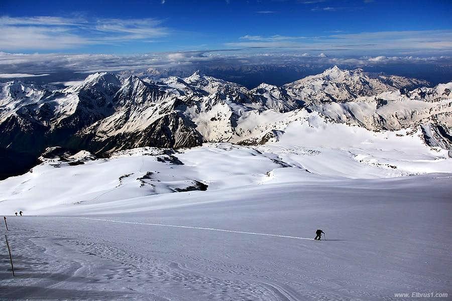 Lonely climbing Elbrus...