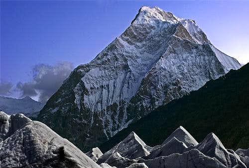 Yukshin Gardan Sar 7530m