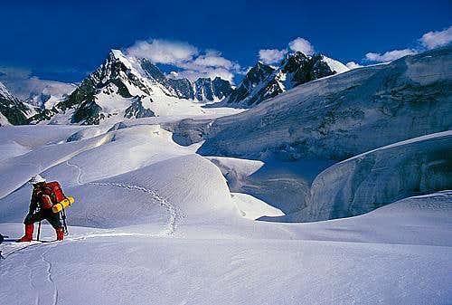 Hispar Pass 5155m