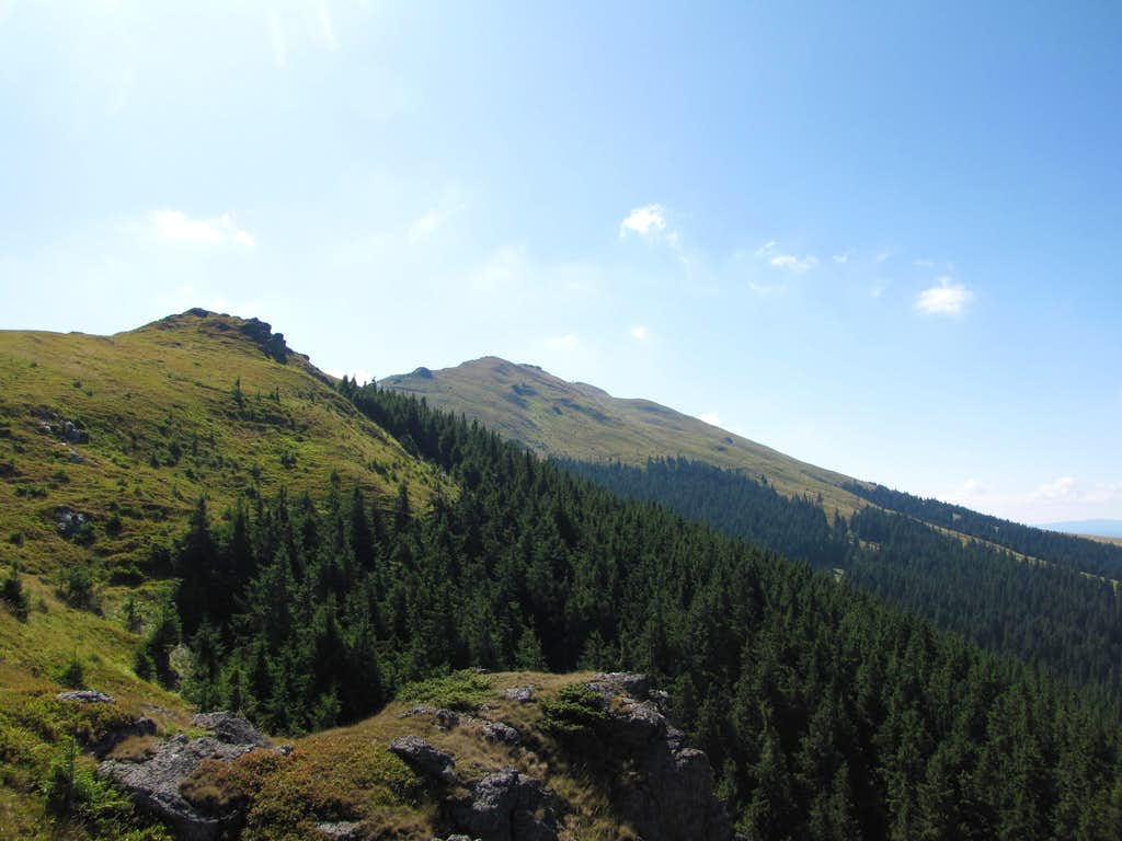 Peak Giumalau (1857m)