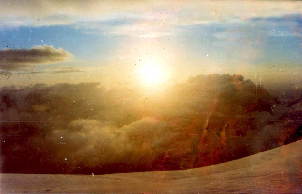 <b><font color=orange>New DAWN </font></b>from Mount Blanc of Tacul 1973