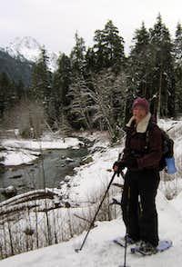 1st snowshoeing trek 2010