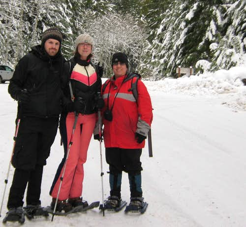 Snowshoe Friends