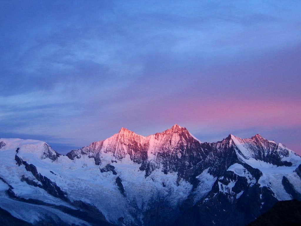 Sunrise from Zwischbergen Pass on ascent of Weissmies