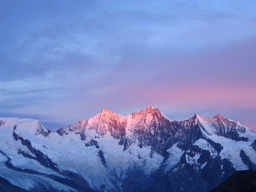 Sunrise from Zwischbergen Pass on ascent of Weissmies