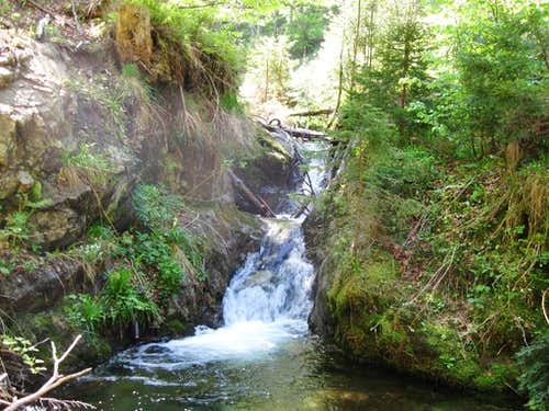 no-name waterfalls 1