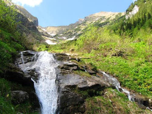 No-name waterfall 6