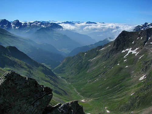 Dolomites behind Stubaier