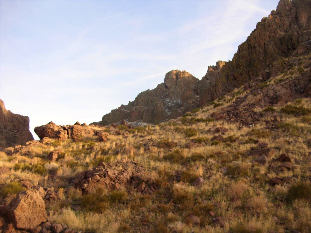 Big rock on the right side of the canyon