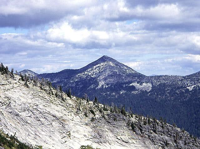 Smoke and Selkirk Granite - Pyramid Peak