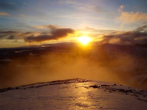 Setting sun from Airgoid bheinn
