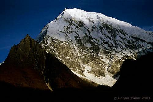 Langtang Lirung in the morning sun