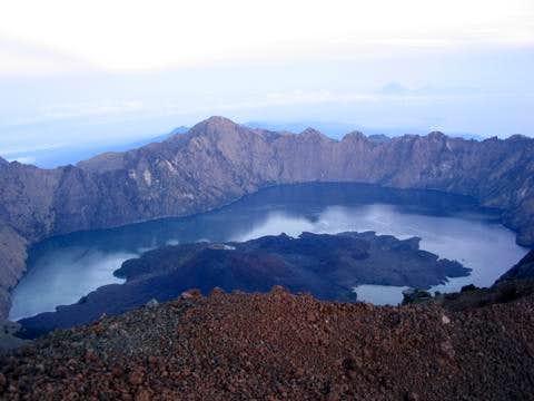 the beautiful lake segera anak