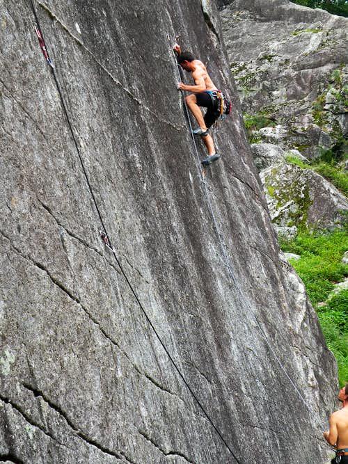 Val di Mello climbing 2010