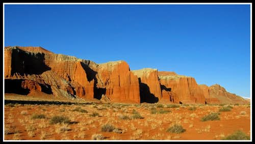 Entrada Cliffs