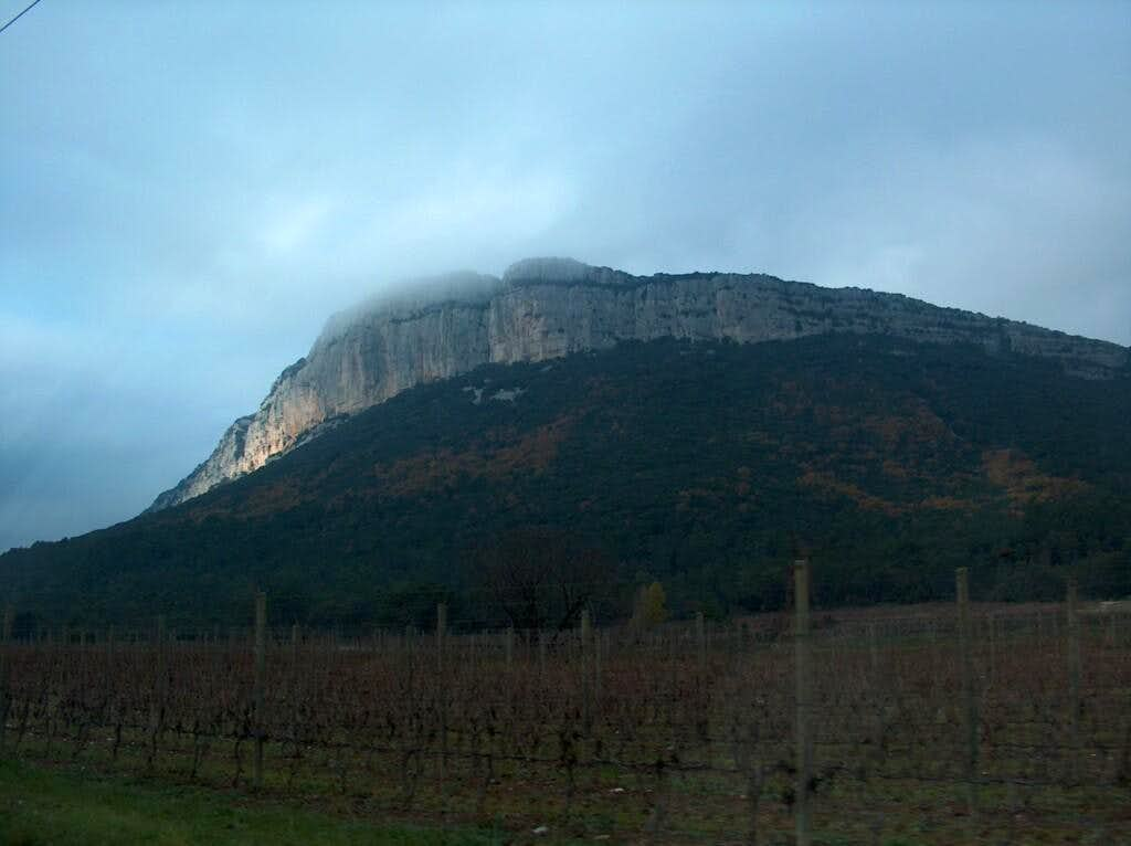 Cliffs of L'Hertus, neighbour of Pic Saint-Loup