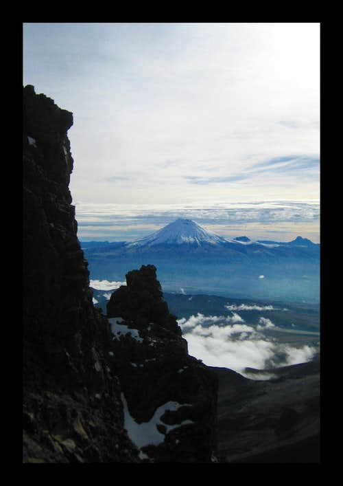 Cotopaxi through the cracks