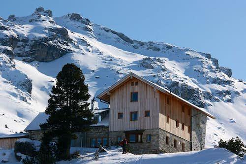 Lizumer hut