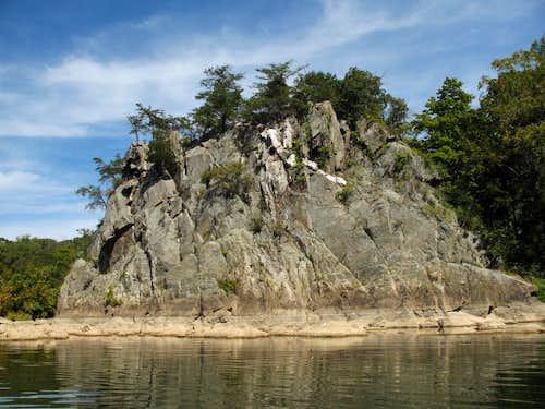 Offutt Island Crags