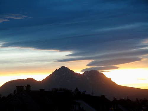 Evening Föhn clouds over Zwiesel and Hochstaufen