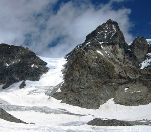 Fuorcla Crast d\'Agüzza, between Piz Bernina and Piz d\'Argent