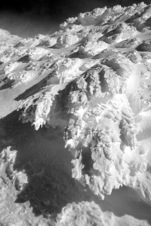 Sastrugi and rim ice