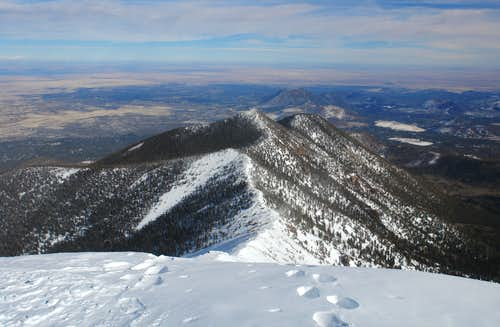 Humphreys Peak: summit view NE