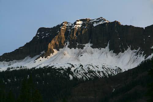 Amphitheater Mountain