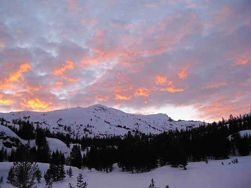 Tioga Pass-area winter sunset