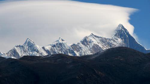 Namcha Barwa (7782m) & Gyalha Peri (7294m)
