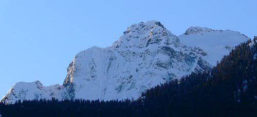 Coloniel Peak in Winter