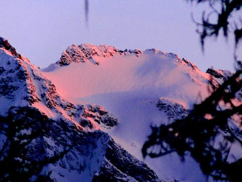 Sunset on Snowfield Peak
